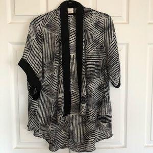 Urban Outfitters Silence + Noise Kimono size small